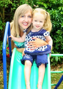 Claire Cleverly and Daughter - Breastfeeding volunteer